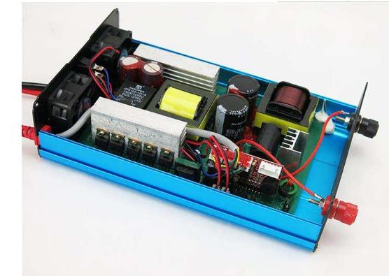 它主要就是经过逆变器输出功率来达到电鱼的效果,捕鱼逆变器输出功率