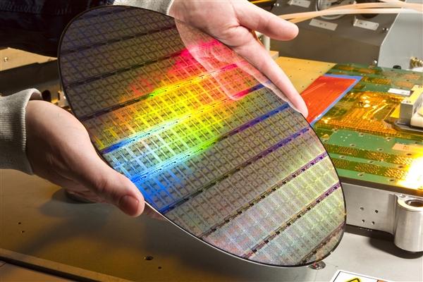 国产5nm蚀刻机通过验证:台积电5nm工艺就用它