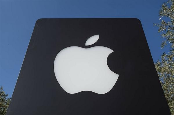 苹果淡定:iPhone暂时不会被美国额外加征关税